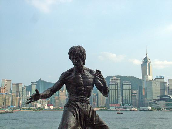星光大道上新增的李小龙雕像