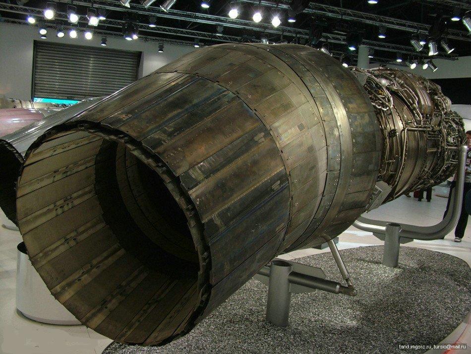 熊坛《武器军事论坛》:传说中的矢量发动机